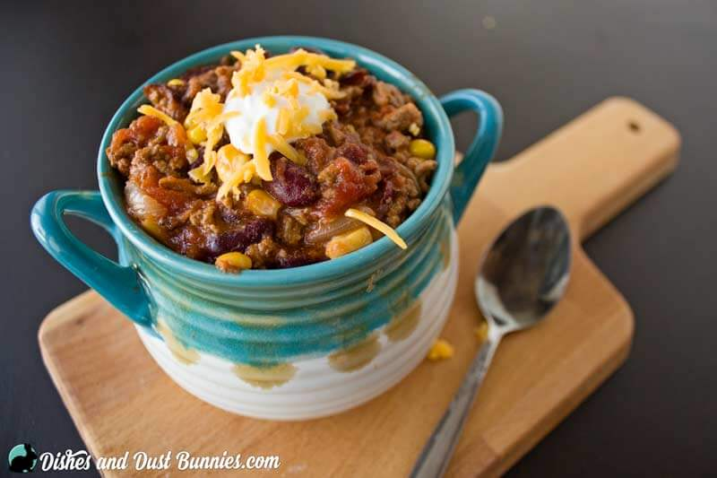 Hearty Slow Cooker Chili from dishesanddustbunnies.com