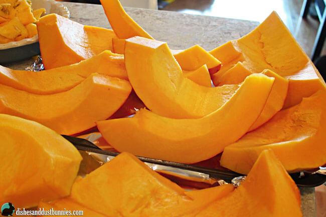 Make Your Own Pumpkin Puree from dishesanddustbunnies.com