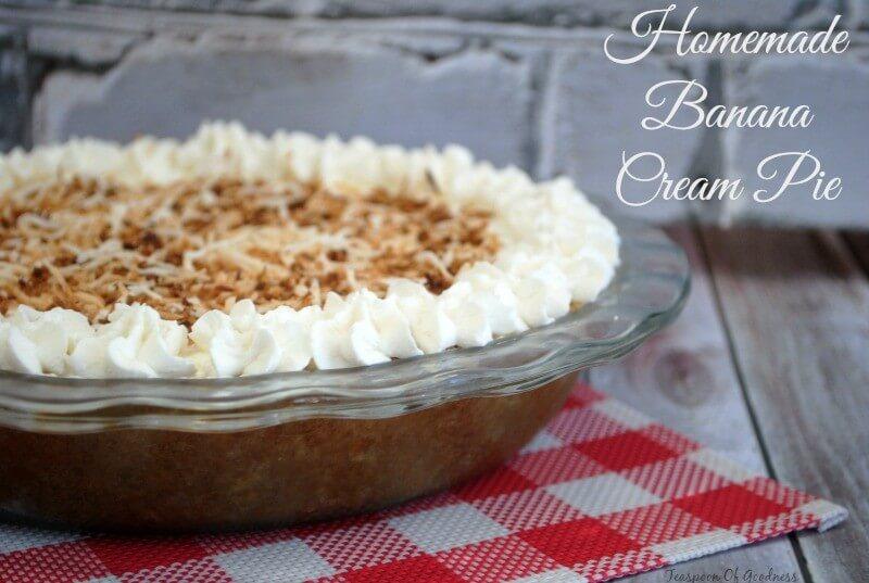 Homemade Banana Cream Pie from Teaspoon of Goodness