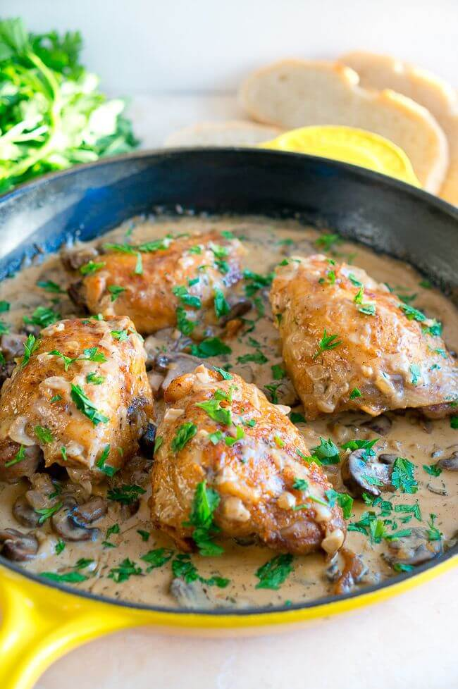 Chicken in Creamy Mushroom Sauce from Delicious meets Healthy