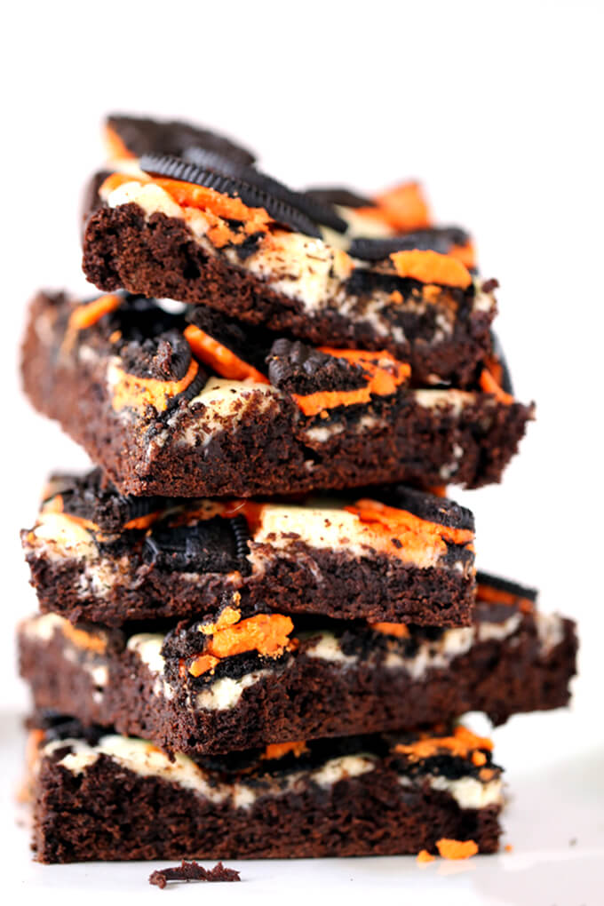 Pumpkin Spice Oreo Cheesecake Brownies from Melanie Makes