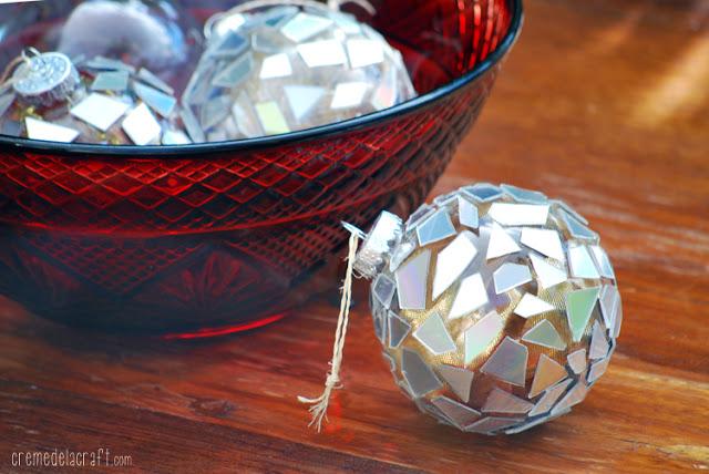 DIY: Mosaic Ornaments from CDs from Crème De La Craft
