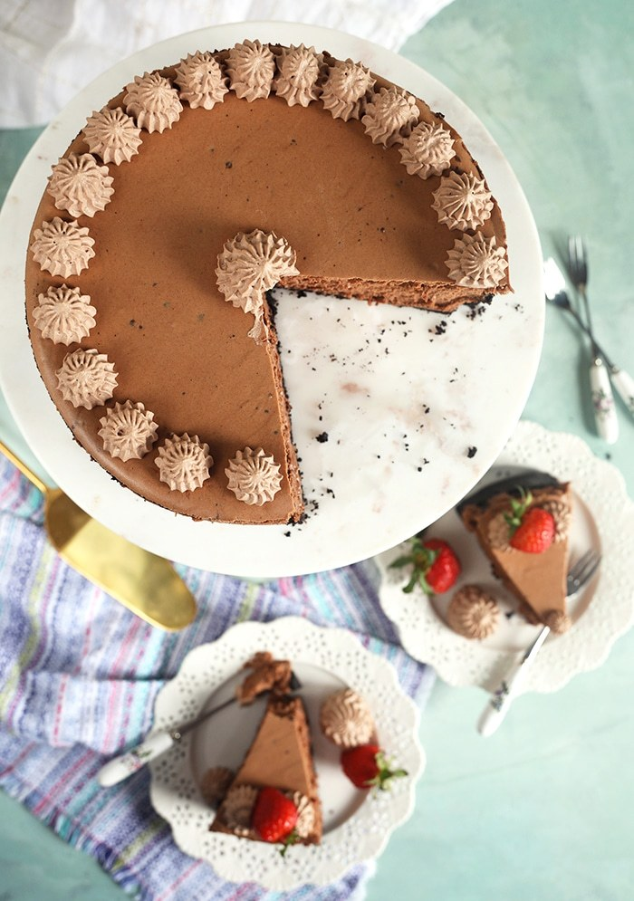 Easy Chocolate Cheesecake from The Suburban Soapbox